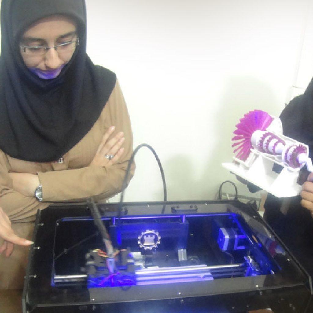 پرینتر سه بعدی و آموزش